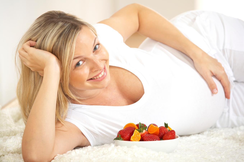 este să piardă în greutate în timp ce este însărcinată